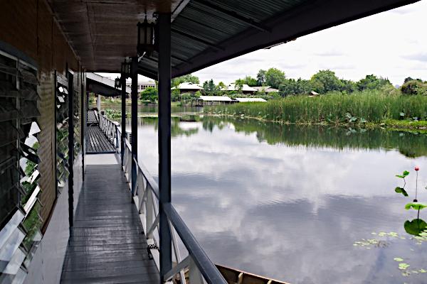 Bo på floden - Kwai