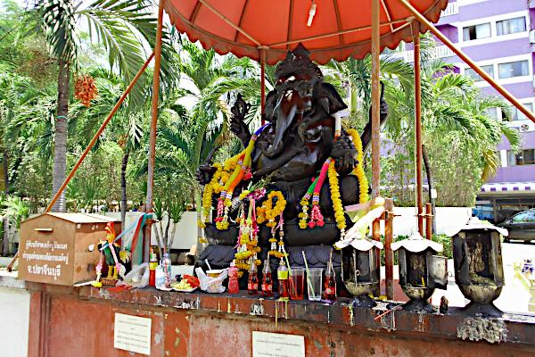 Ganesha - soi Buakao