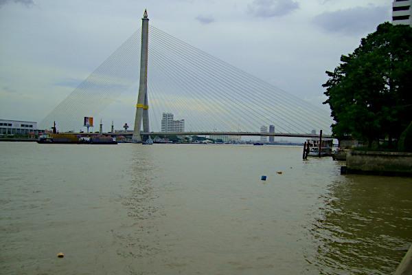 Rama 8 Broen