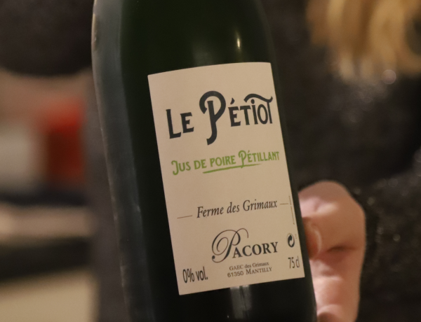 alcoholvrije wijn Le Pétiot Jus de poire pétillant
