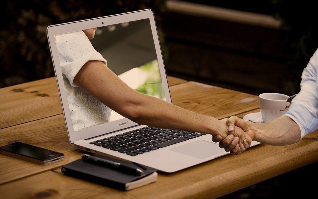 Oplever du nærvær når du mødes med andre foran skærmen?