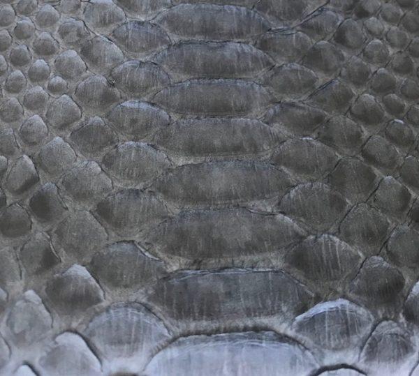 kundalini python skind - grå farve