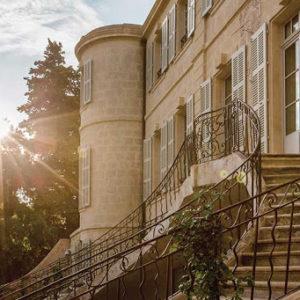 chateau d'estoublon escalier