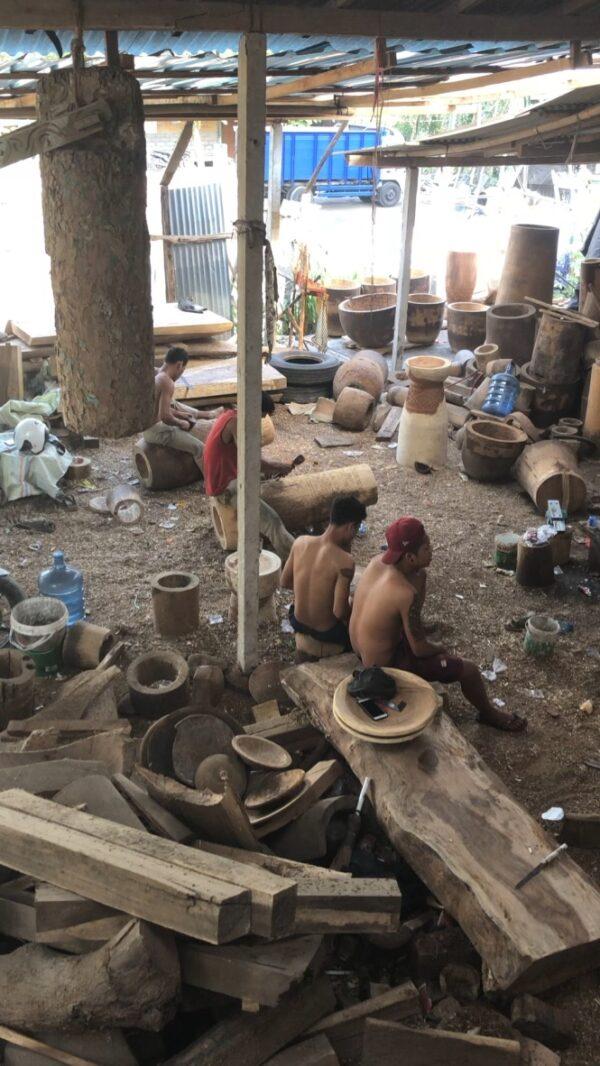TIMOR coffee tables - workshop on Bali - video