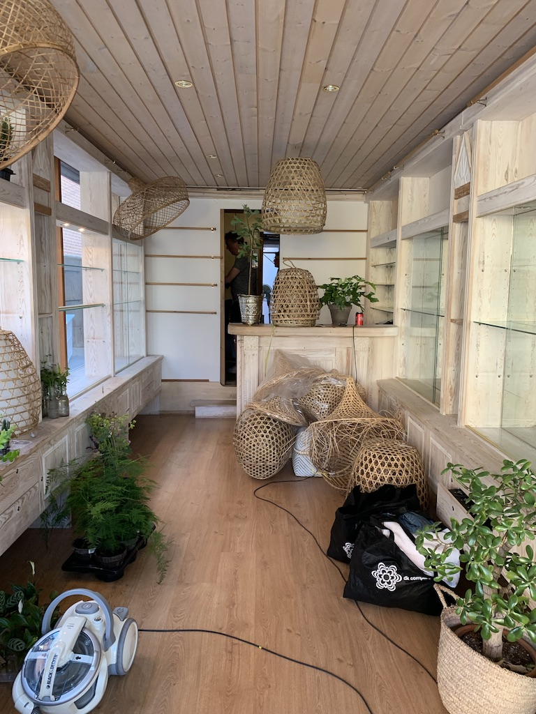indflytning - POP-UP i den gamle ravbutik Skagen 2020