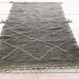 Zanafi kelim gulvtæppe med store ruder og midterstrib 300 x 200 cm
