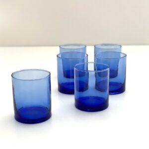 mundblæst genbrugsglas blåt drinks whiskey vand