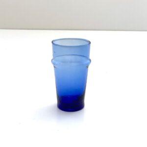 blåt glas mundblæst genbrugsglas