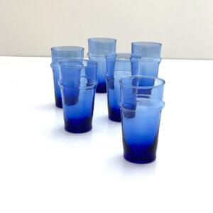 mundblæste blå glas genbrugsglas