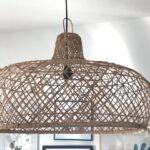 flettet bast loftslampe fra Bali