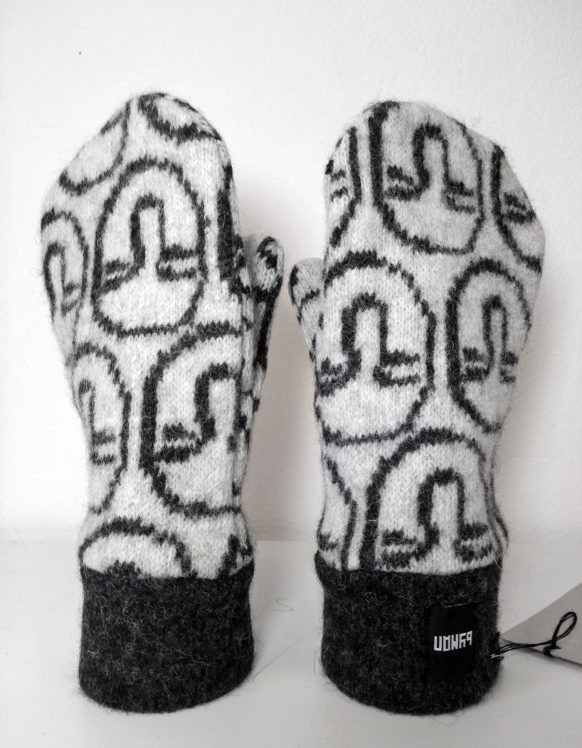 MBY-AW2020-mittens5b