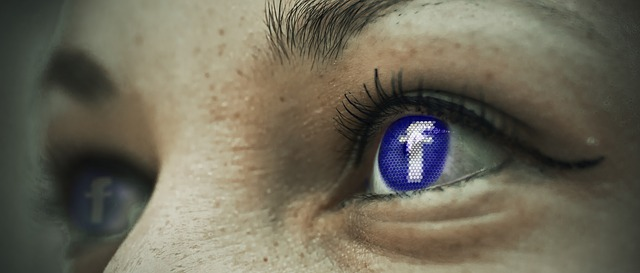 Facebook is a place where users relax from the work atmosphere, so you need to adapt your corporate content and talk so that they do not have the feeling that he was back in the office.