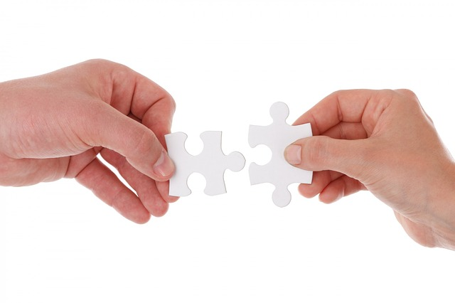 Both traditional and digital marketing must coexist with interrelated roles in the customer path