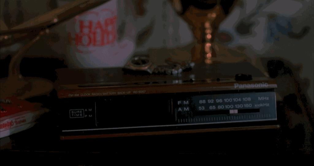 Panasonic Radio Clock Home Alone Product Placement