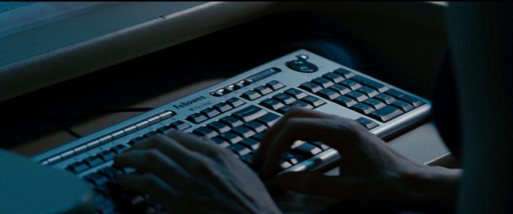 Fellowes keyboard Jason Bourne