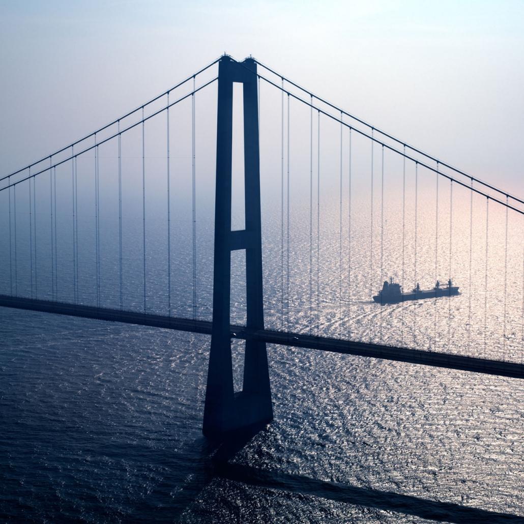 MARLOWFILM Productions / locations / iconic Scandinavian bridges
