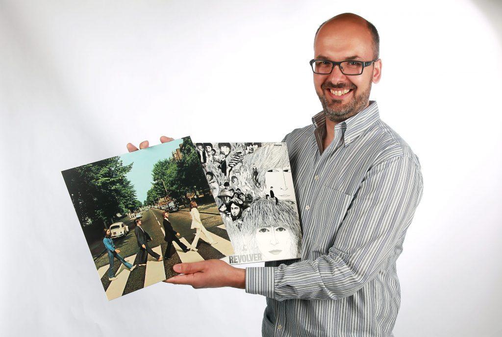 GAMLE HELTER: Noen artister og band går jeg aldri lei. Dette bildet ble tatt i forbindelse med et intervju for Askeravisen og Bærumsavisen i juni 2015. Foto: Mari Natvig Sandene