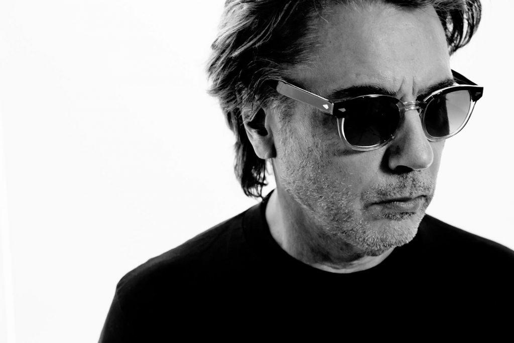 SAMARBEID: Jean-Michel Jarre formidler historien om elektronisk musikk på sitt nye album, i samarbeid med en rekke sentrale navn som har bidratt til utviklingen. FOTO: jeanmicheljarre.com