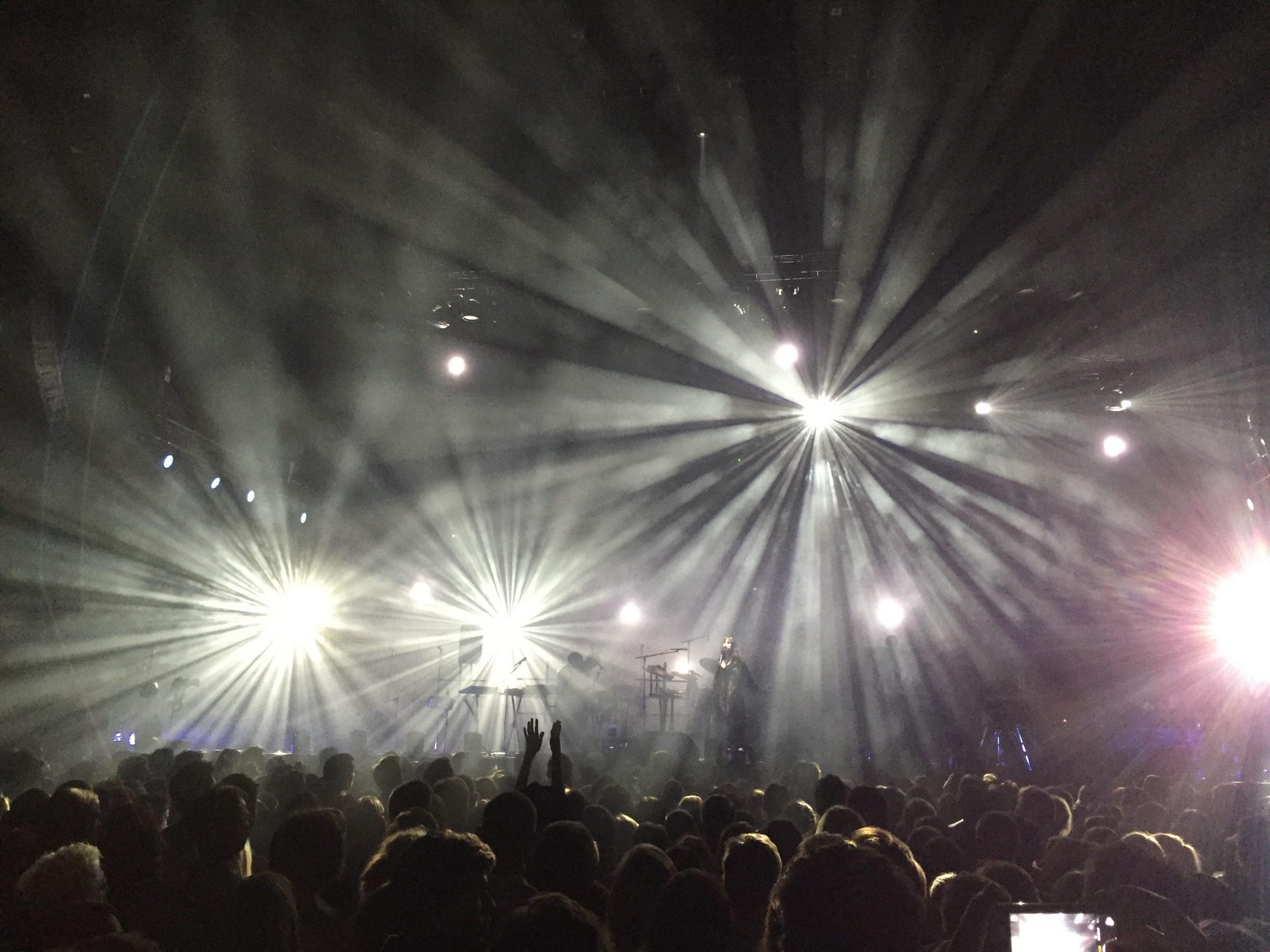 KOMPLETT: Susanne Sundfør ga oss den komplette konsertopplevelse i Oslo Spektrum. Foto: Martin Aasen Wright