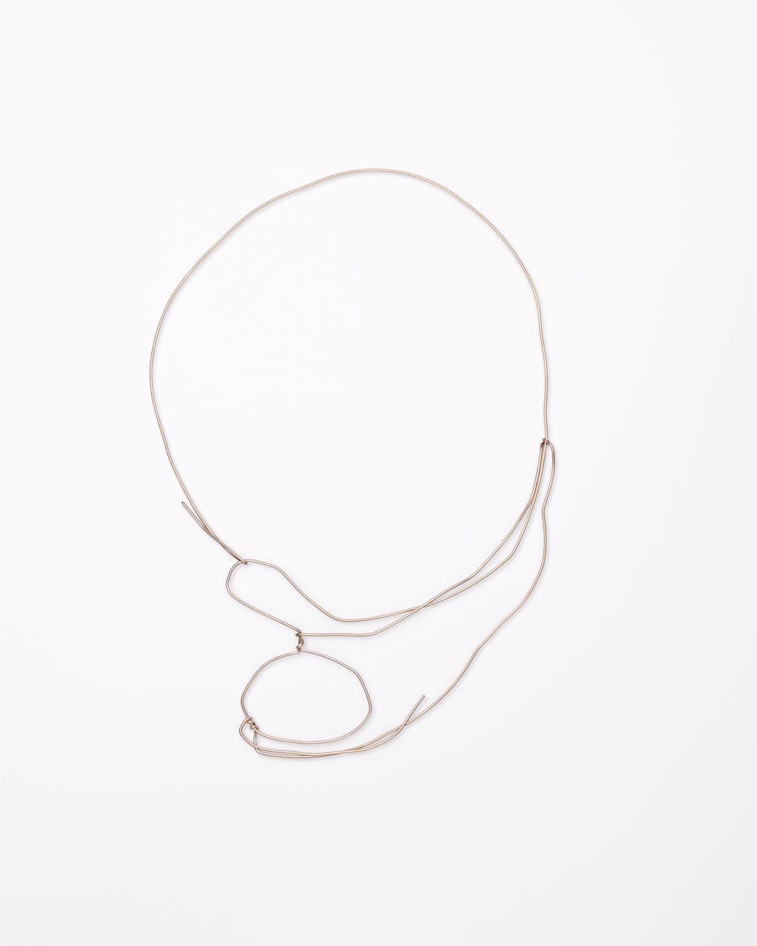 Iris Bodemer, Notizen (Notes), 2016, necklace; gold 585/000, 240 x 170 x 10 mm, €4000