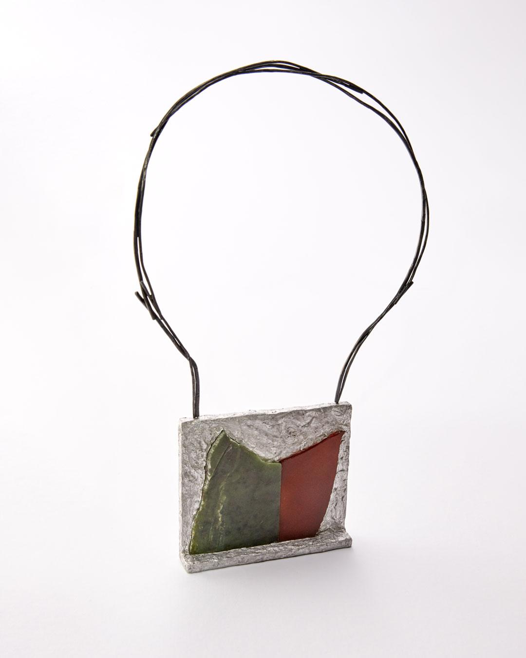 Iris Bodemer, Ordnung 3 (Array 3), 2019, pendant; aluminium, nephrite, carnelian, silver, mounting adhesive, 85 x 100 x 20 mm, €4000