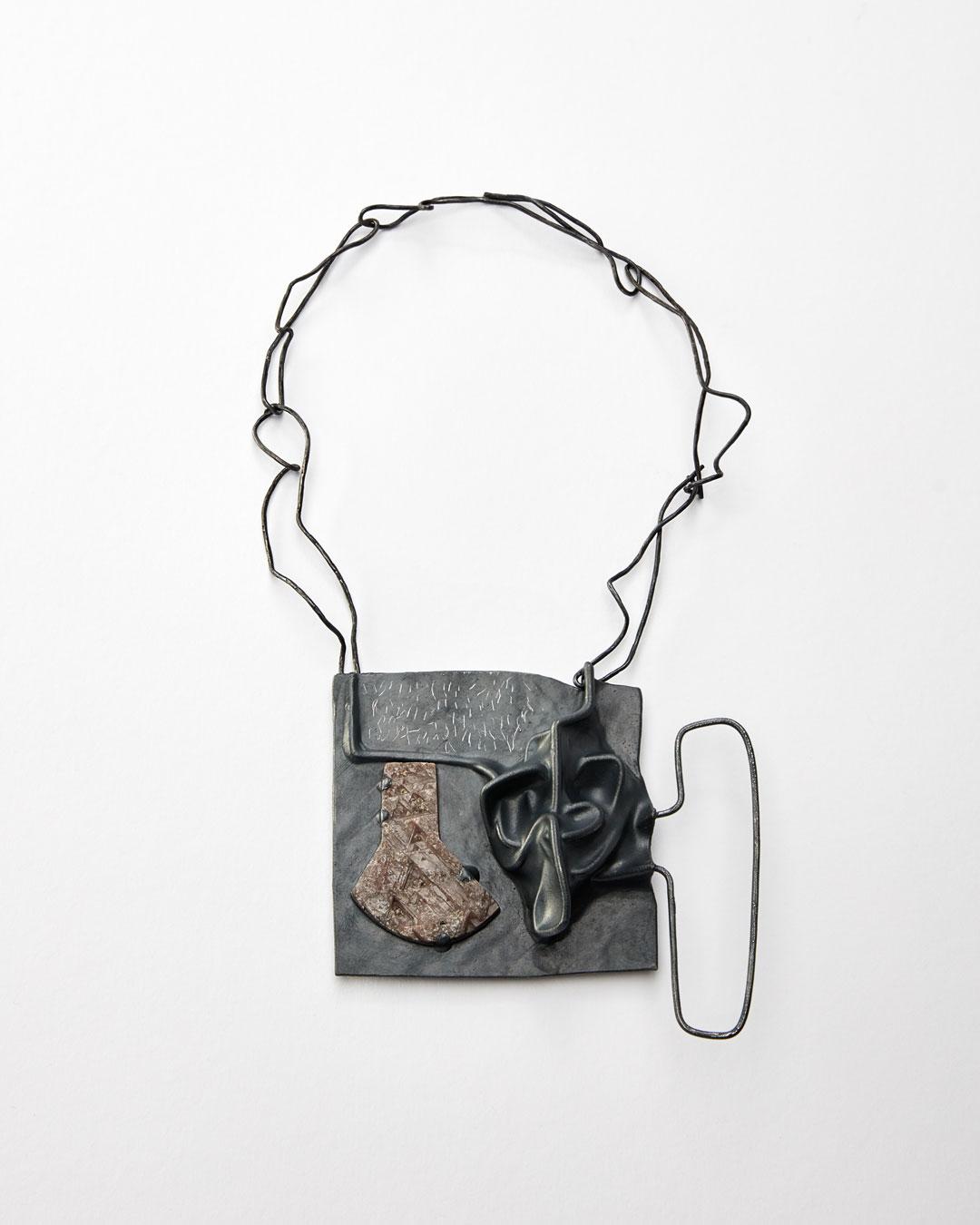 Iris Bodemer, Klang 1 (Sound 1), 2019, pendant; silver, thermoplastic, sapphire, 105 x 115 x 25 mm, €4250