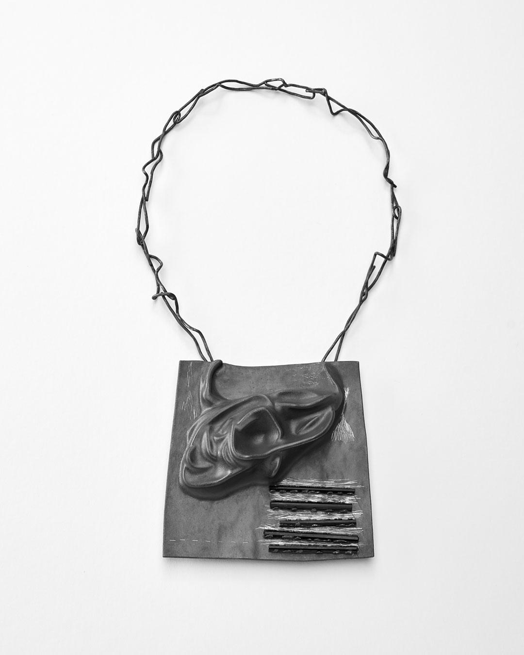 Iris Bodemer, Klang 2 (Sound 2), 2019, pendant; silver, thermoplastic, tourmaline, 100 x 100 x 20 mm, €4000