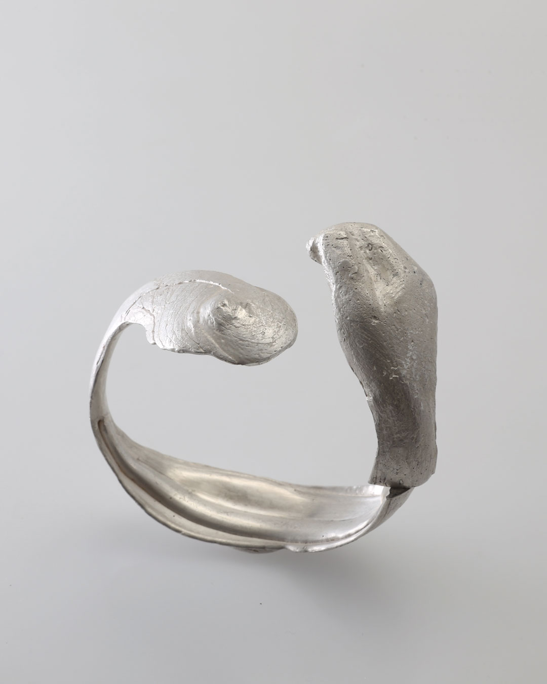 Juliane Brandes, untitled, 2016, bracelet; silver, 60 x 70 x 30 mm, €2430