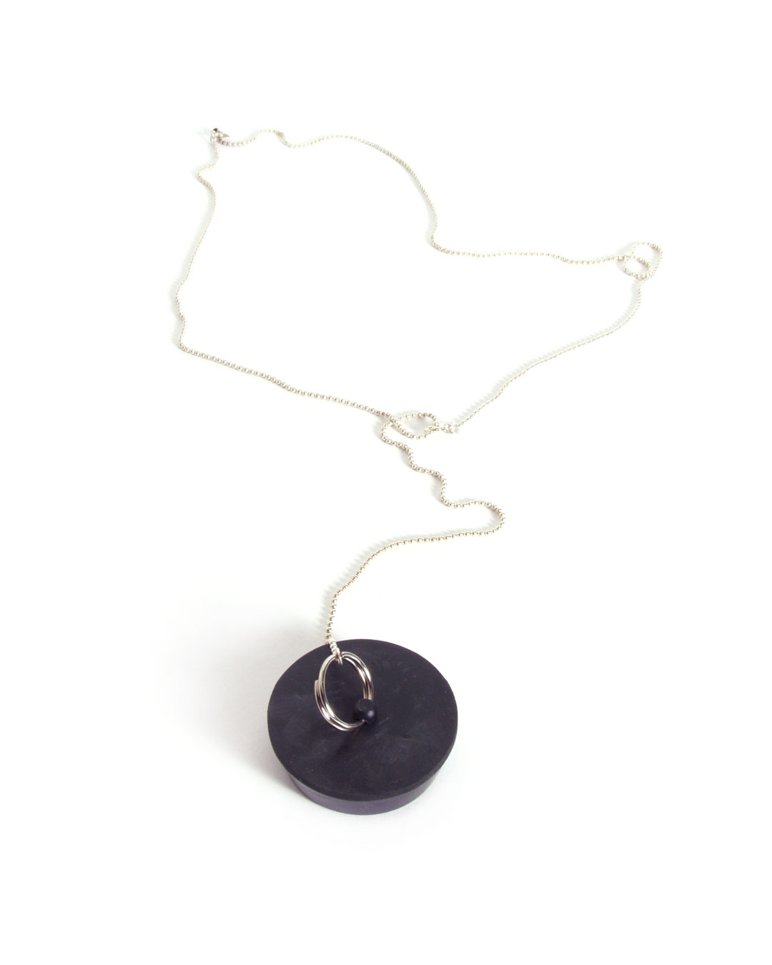 Hilde De Decker, untitled, 1996, pendant; silver, rubber, element ø 40 x 13 mm; L 630 mm, €200