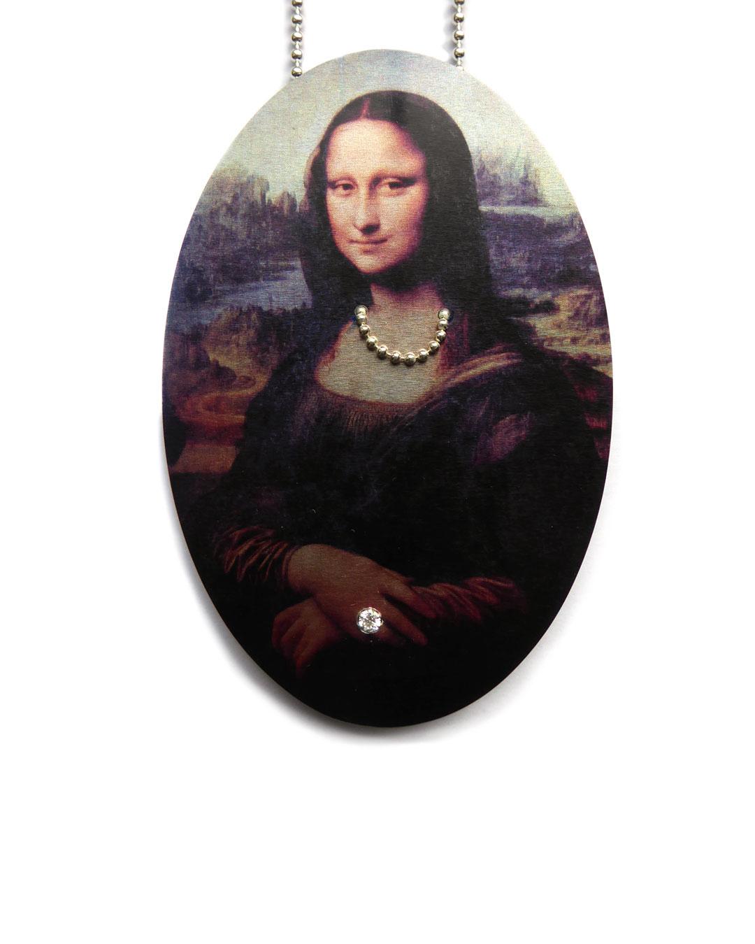 Herman Hermsen, Mona Lisa Chained, 2015, necklace; print on aluminium, wood, silver, zirconia, 320 x 60 x 10 mm, €600