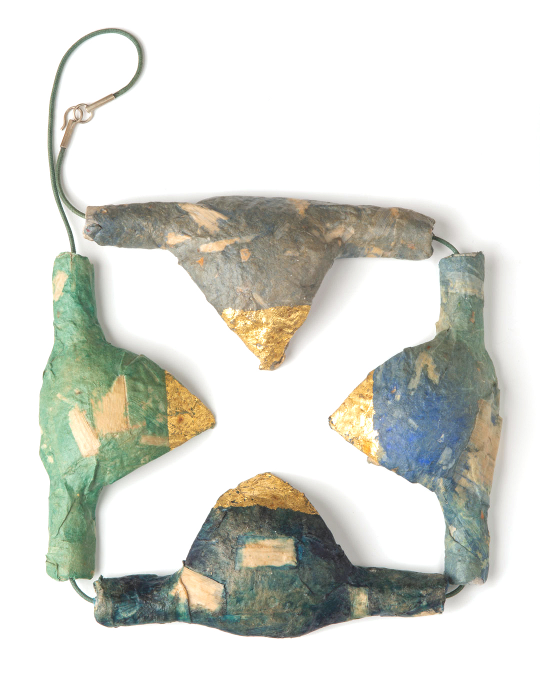 Margit Jäschke, untitled, 1991, necklace; paper, gold leaf, cord, 380 x 240 x 25, €3400
