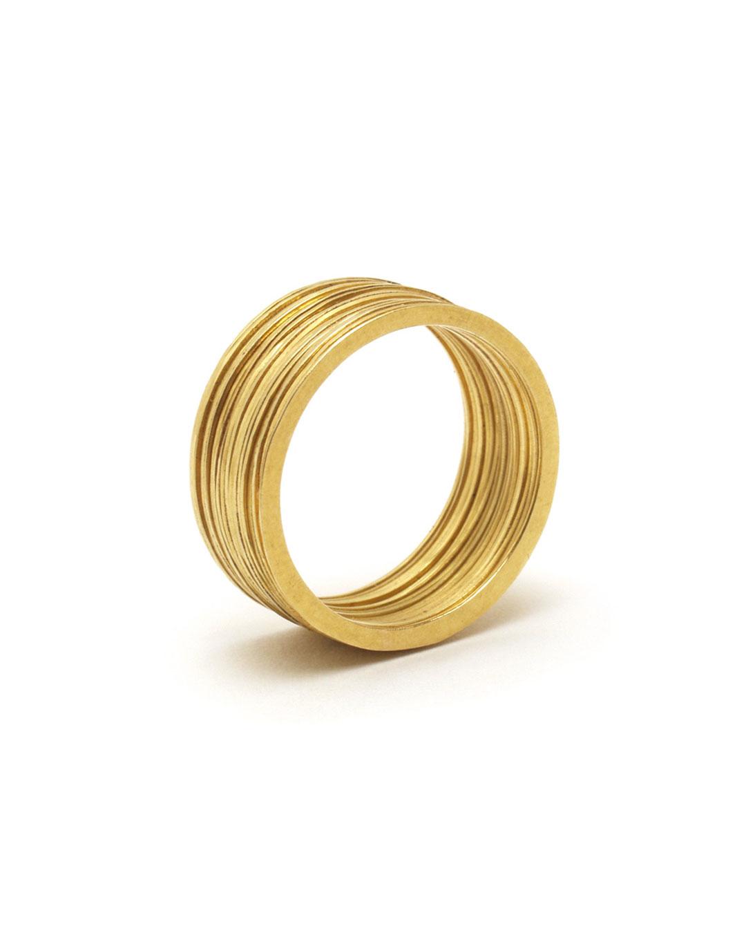 Annelies Planteijdt, untitled, 1987, ring; 18ct gold, ø 20 x 8 mm, €1900