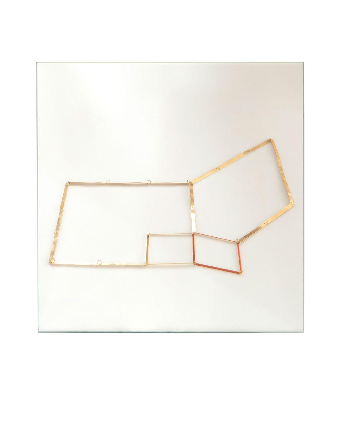 Annelies Planteijdt, Mooie stad - Collier en spiegel (Beautiful City - Necklace and Mirror), 2017, mirror (image 3/3)