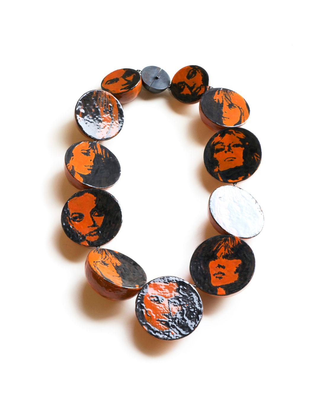 Vera Siemund, untitled, 2009, necklace; copper, silver, enamel, 180 x 320 x 50 mm, €4750