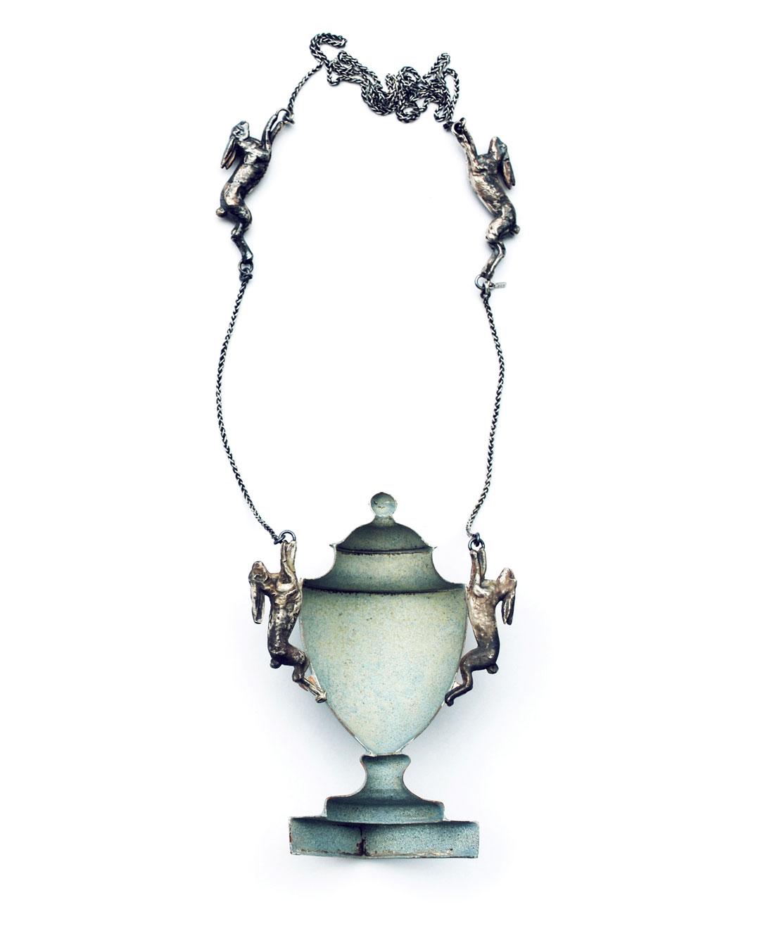 Vera Siemund, untitled, 2015, necklace; enamelled copper, silver, 80 x 100 x 30 mm, €1850
