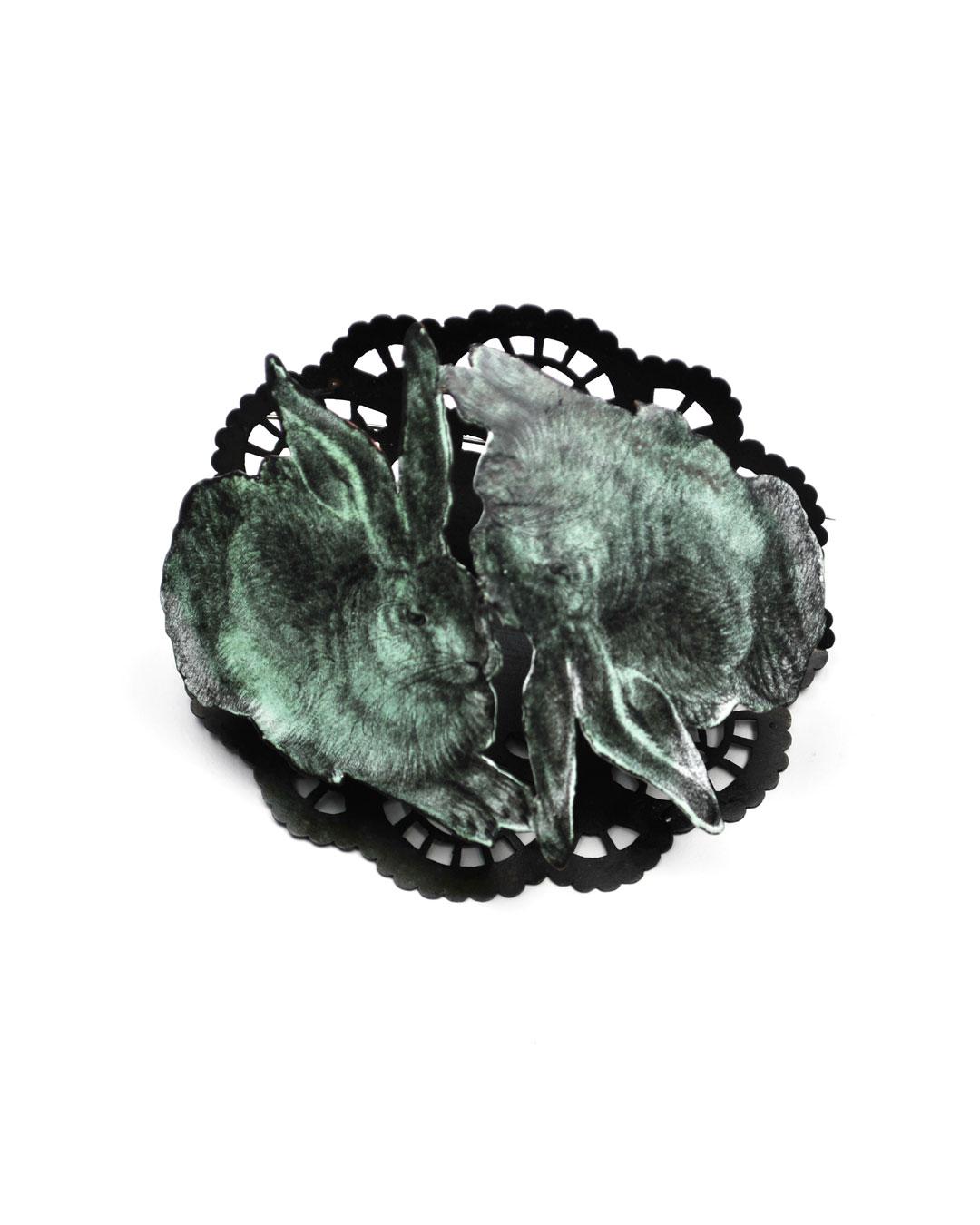 Vera Siemund, untitled, 2015, brooch; enamelled copper, steel, silver, 98 x 80 x 55 mm, €950