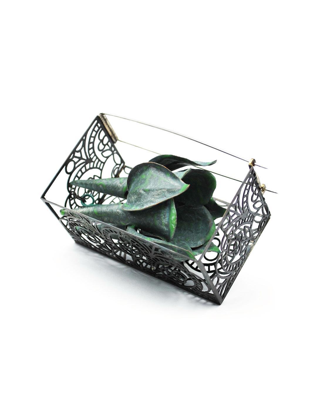 Vera Siemund, untitled, 2018, brooch; steel, enamelled copper, 80 x 45 x 50 mm, €1310