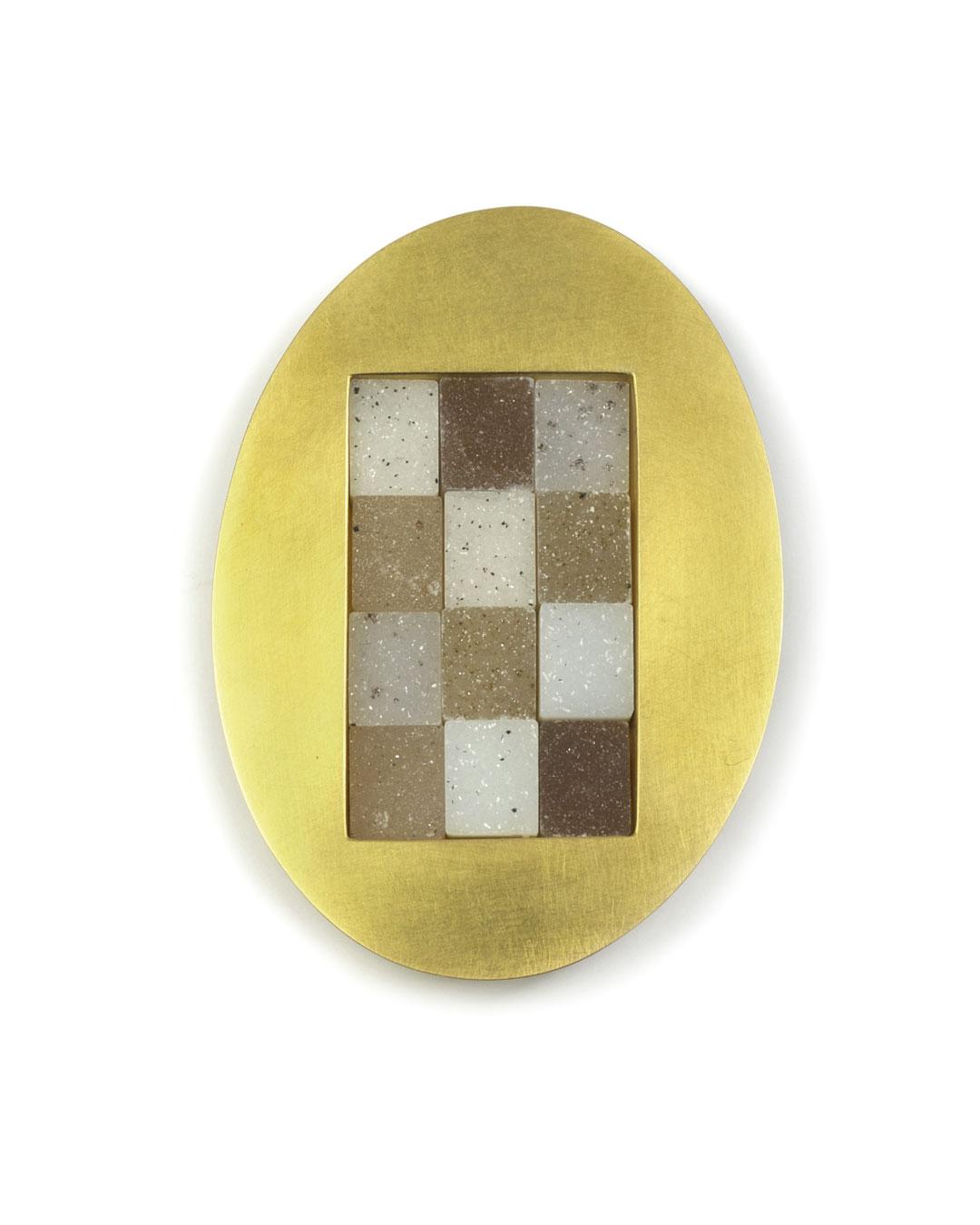 Etsuko Sonobe, untitled, 2008, brooch; 20ct gold, agate, 48 x 67 x 8 mm, €4800