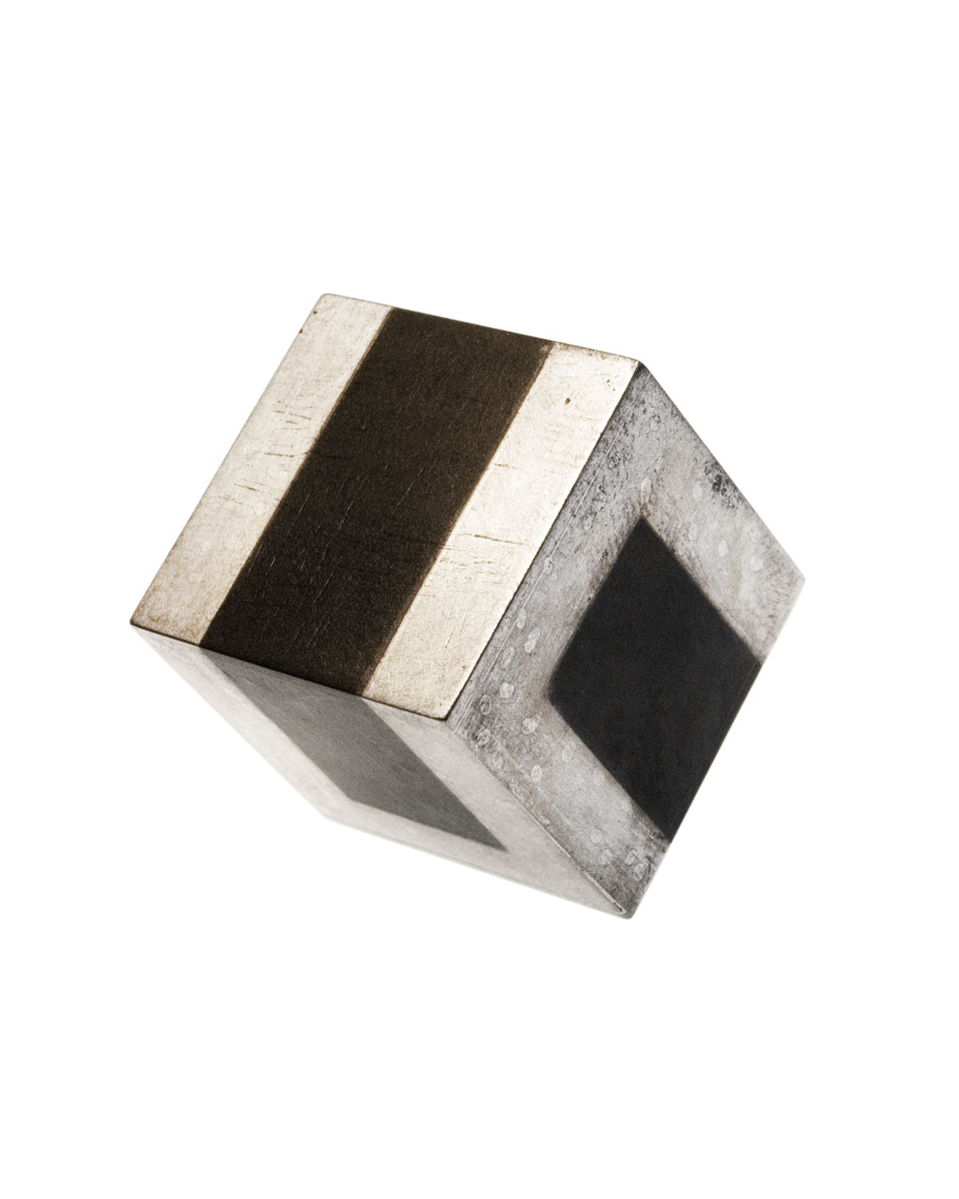 Tore Svensson, Cube, 2008, brooch; etched steel, partly gilt or silver-plated, 20 x 20 x 20 mm, €425