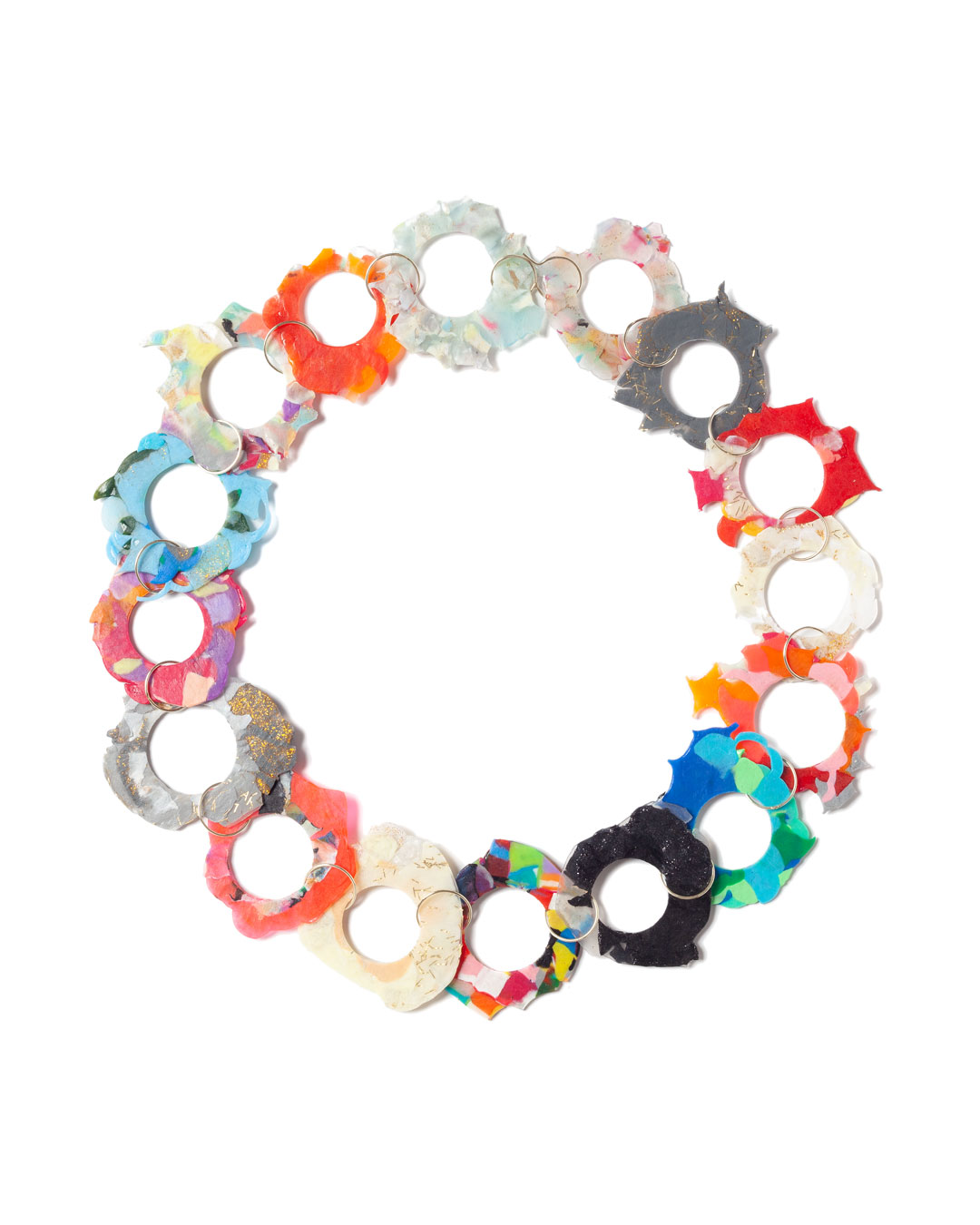 Karola Torkos, Blotty, 2020, necklace; recycled plastic, 14ct gold, L 600 mm, €560