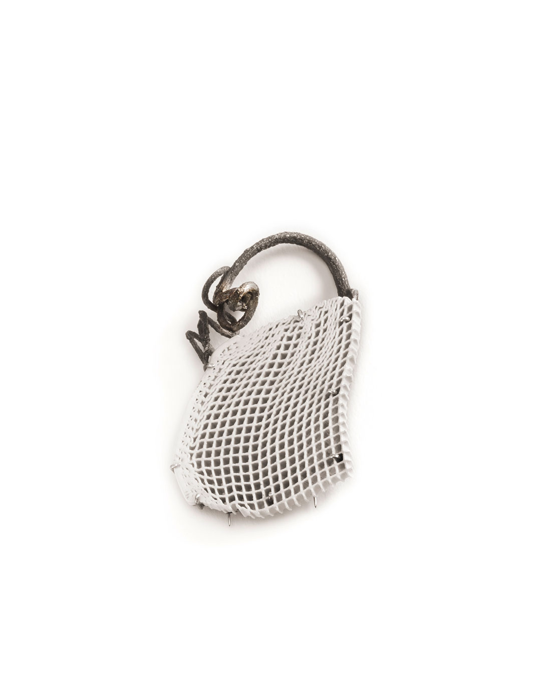 Silke Trekel, Handtasche (Handbag), 2014, brooch; porcelain, silver, 46 x 76 x 8 mm, €780