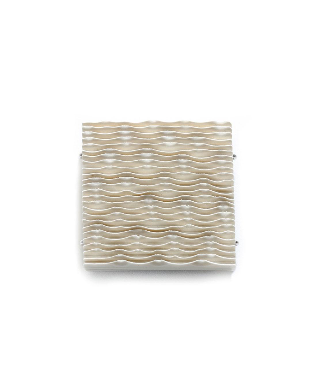 Silke Trekel, untitled, 2017, brooch; porcelain, silver, 61 x 64 x 7 mm, €775