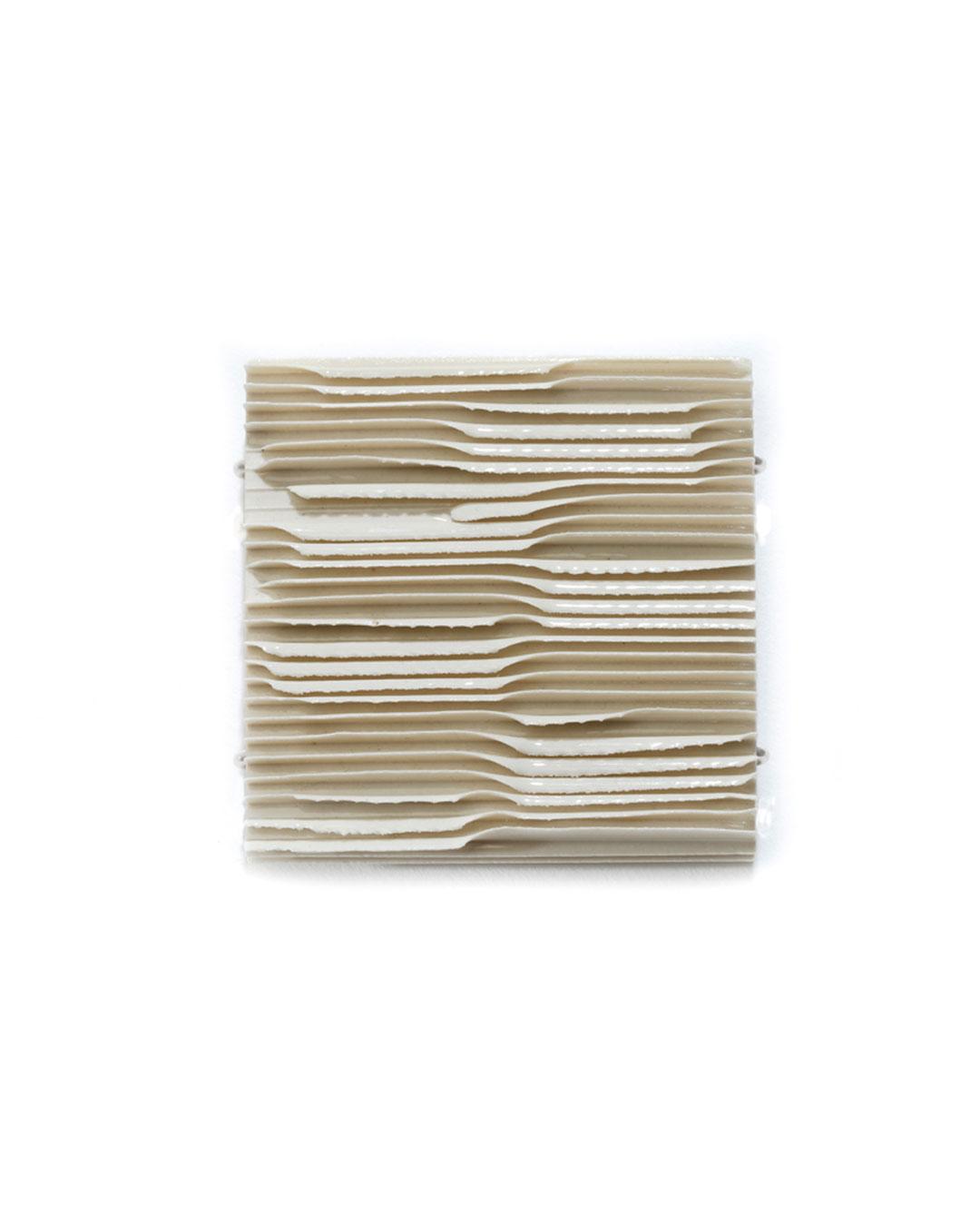 Silke Trekel, untitled, 2017, brooch; porcelain, silver, 59 x 61 x 7 mm, €775
