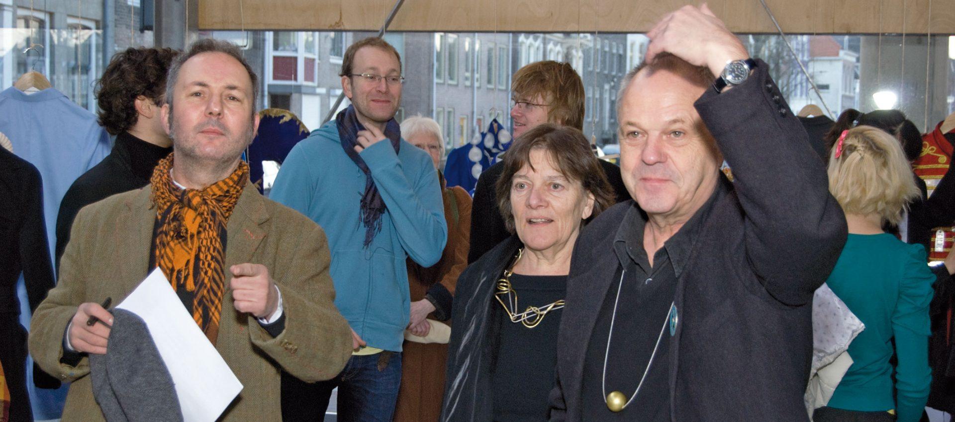 2009 - Royal College of Art GSM&J Effe Kijken / Let's Have a Look - Overcoat