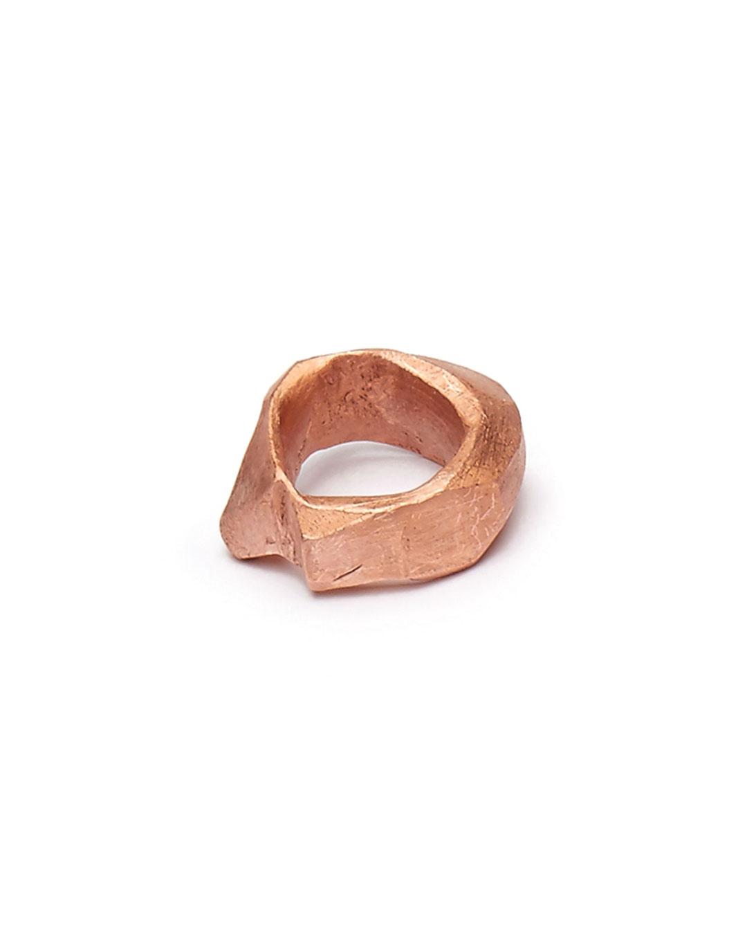 Iris Bodemer, Notizen (Notes), 2016, ring; bronze, 33 x 29 x 15 mm, €500