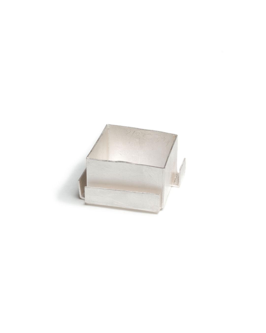 Noam Elyashiv, untitled, 2016, ring; reclaimed silver, 22 x 22 x 13 mm, €950