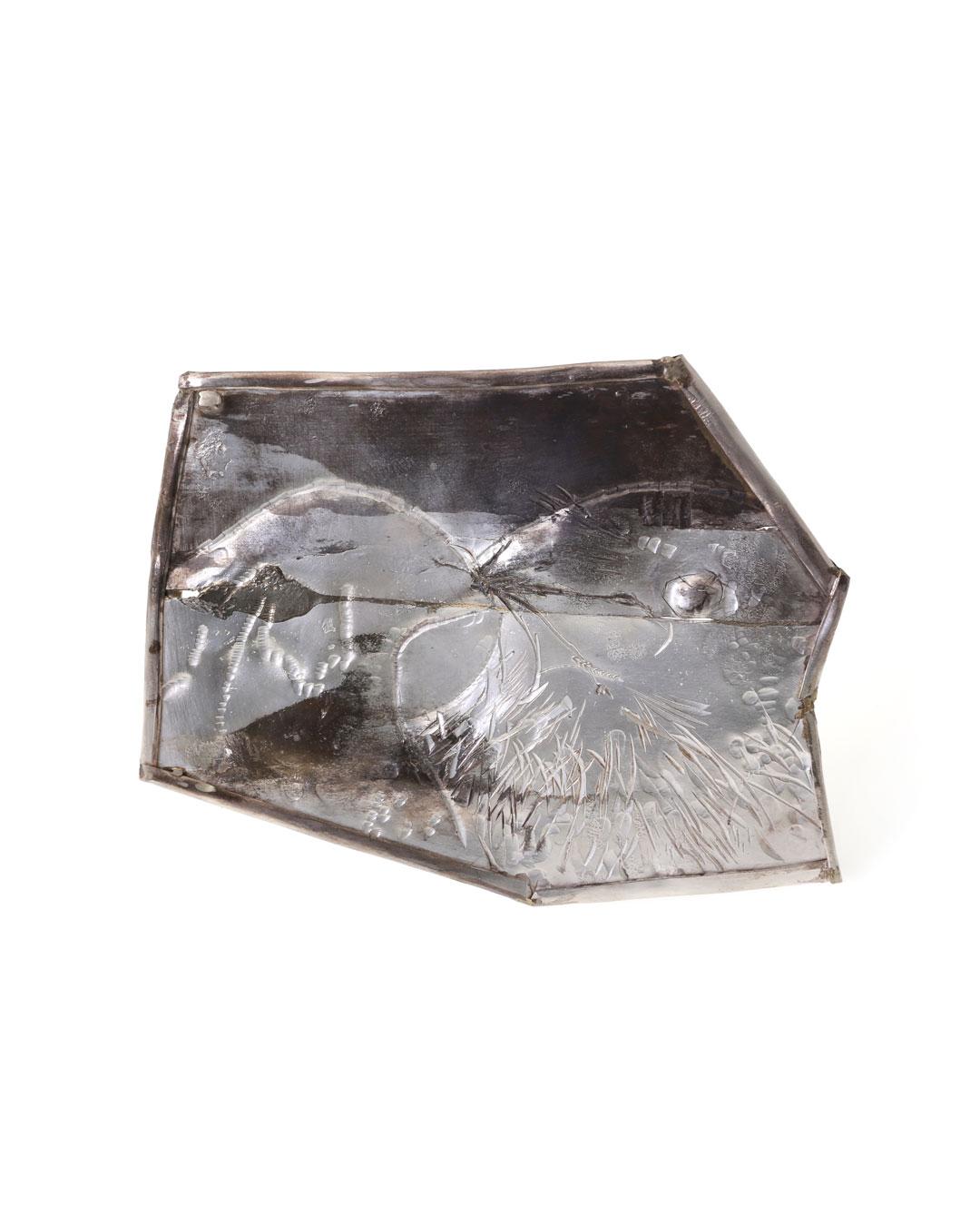 Rudolf Kocéa, Two Jackdaws, 2017, brooch; silver, copper, 140 x 110 x 8 mm, €3000