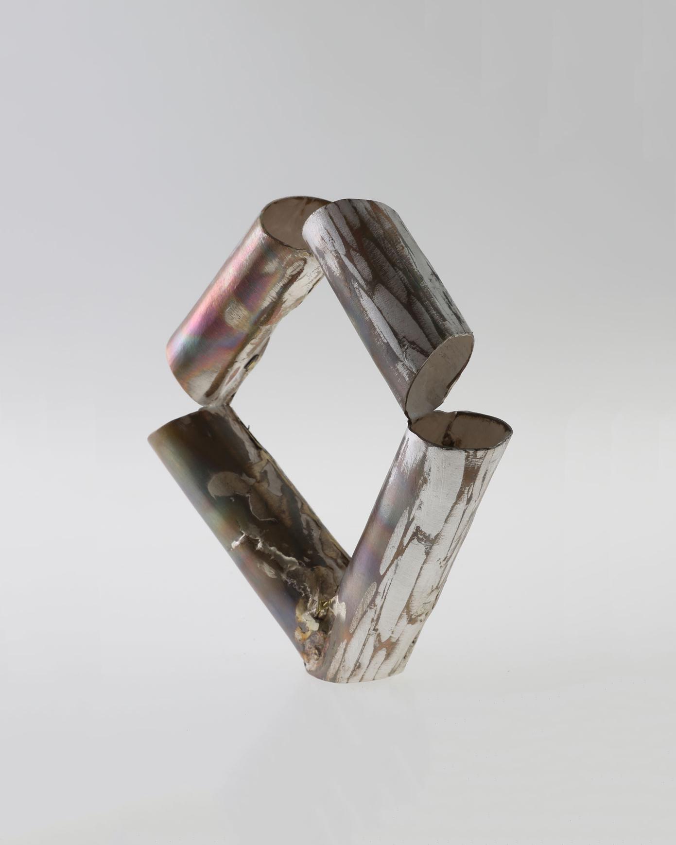 Rudolf Kocéa, Stücke 1 (Fragments 1), 2018, bracelet; silver, copper, ø 60 mm, €2125