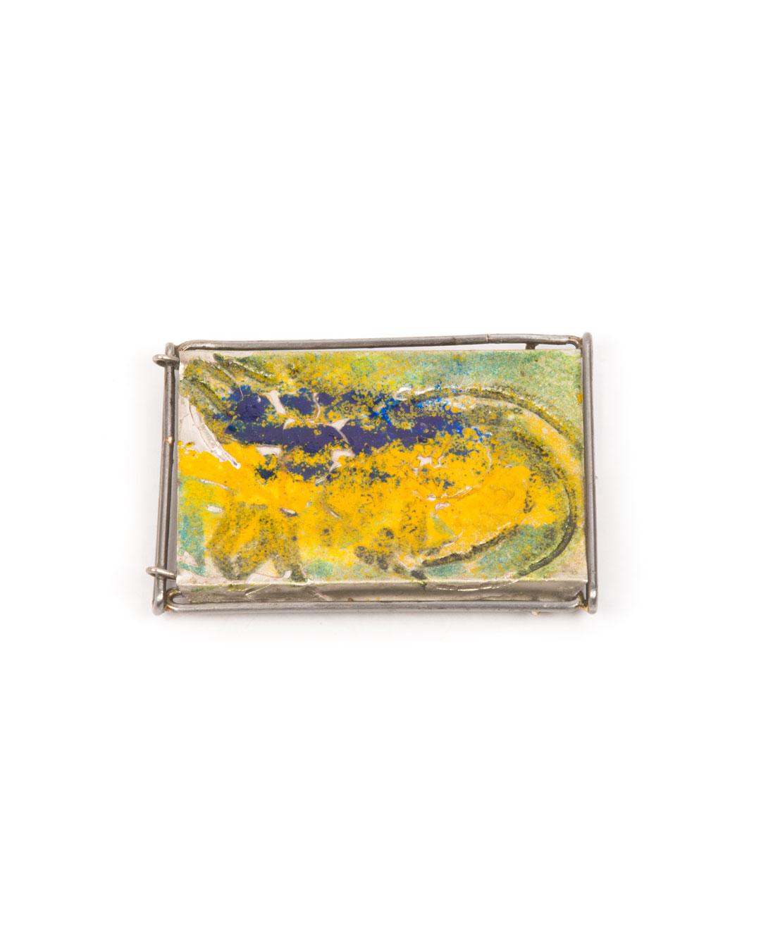 Rudolf Kocéa, Ram Skull I, 2019, brooch; platinum (950), iron, enamel, 82 x 60 x 10 mm, €4200