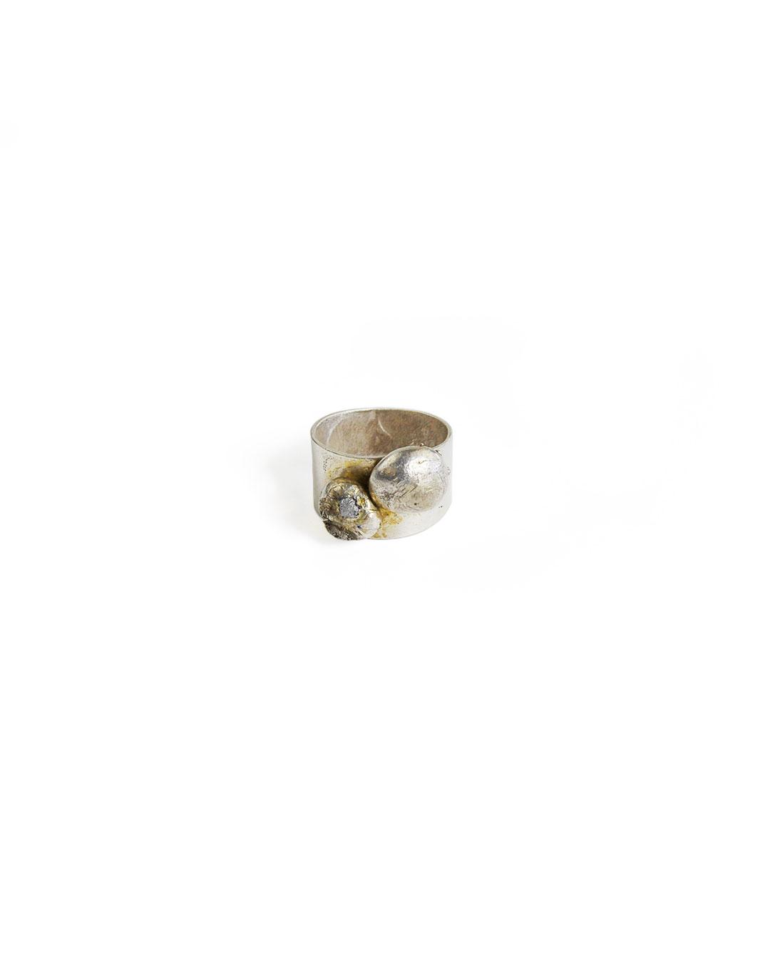 Rudolf Kocéa, untitled, 2014, ring; silver copper alloy, uncut diamonds, ø 19 x 12 mm, €680